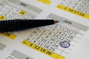 http://www.feuerwehrsuhl.de/bilder/Kalender_01.jpg